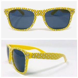 Snapchat 😎 yellow novelty sunglasses 😎